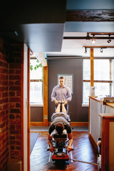 Doctor Lynn and Doctor Scott use the latest technology to conduct examinations and deliver tailored chiropractic adjustments.